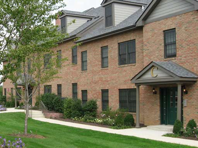 townhome with landscaping